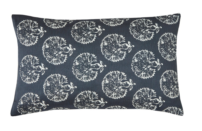 BLANC DES VOSGES_MARCO_POLO_ANTHRACITE_COUSSIN_RECTANGLE_.jpg